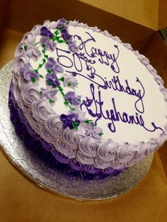 Ombré purple rose swirl with a spray of drop flowers in the color shading to match for this special birthday cake. 15th Birthday Cakes, Birthday Cake For Him, Unique Birthday Cakes, Birthday Ideas For Her, Birthday Cake With Flowers, Birthday Cakes For Women, 36th Birthday, Buttercream Birthday Cake, Fondant