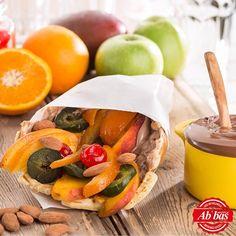 Mutluluğu satın alamazsınız ama kendinize Abbas'tan bir Waffle alabilirsiniz.  Abbas Waffle Ankara Fresh Rolls, Waffle, Ankara, Ethnic Recipes, Food, Essen, Meals, Yemek, Eten