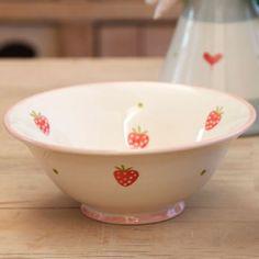 Strawberry Pudding Bowl - 17.5cm