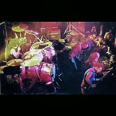Early Club Days of Van Halen...Up Close and Personal. #evh #eddievanhalen #alexvanhalen #diamonddave #davidleeroth #michaelanthony #earlydays #clubdays #Rock #Music #vantastikhistory #Vantastik #VanHalen