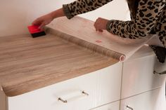 Quick and easy worktop makeover with d-c-fix® sticky back plastic. Peel, stick, trim - it's as easy as that! Kitchen Worktop Makeover, Kitchen Worktop, Upcycle Kitchen, Rental Kitchen, Rental Decorating, Sticky Back Plastic, Rental Makeover, Kitchen Table Wood, Dc Fix Kitchen