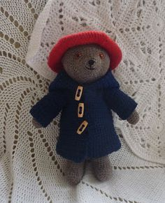 Crocheted Paddington Bear Amigurumi - FREE Crochet Pattern and Tutorial