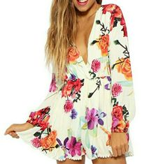 Gorgeous Floral Romper Bran New | Color: Cream/Pink | Size: L