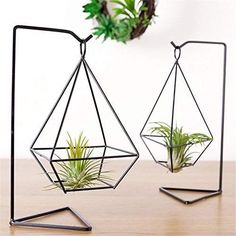 Air Plants rack basket metal pot Holder 2PCS a forma di vaso fiore bronzo Holder Hollow telaio supporto per piante vaso senza suolo per Tillandsia Air piante display, Ferro, Black, Four corners
