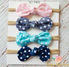 SET of 4 Nylon baby headbands baby headbands nylon image 3 Diy Hair Bows, Diy Bow, Newborn Headbands, Baby Girl Headbands, Fancy Bows, Crochet Stars, White Headband, Girls Hair Accessories, Baby Boutique