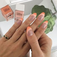 In look for some nail designs and some ideas for your nails? Here's our set of must-try coffin acrylic nails for fashionable women. Minimalist Nails, Sally Hansen Nagellack, Cute Nails, Pretty Nails, Fancy Nails, Hair And Nails, My Nails, Nail Manicure, French Manicure