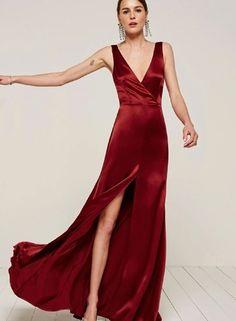V Neck Sleeveless High Split Maxi Prom Dress