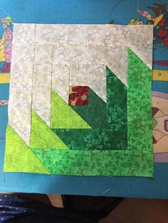 Another variation on the Pineapple Blossom Block