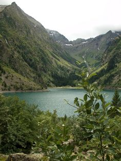 Lac de Lauvitel, le plus grand lac naturel du massif de l'Oisans (1510m).La Duchère.  Rhône-Alpes