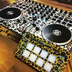 Leapord print styleflip skins keep it sexy #keepitsexy #styleflip #dj #edm #turntable #music #electronicmusic #beats www.styleflip.com