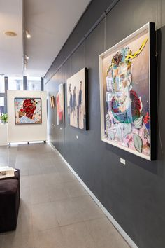 Contemporary South African Art on show in Cape Town at StateoftheART. Chris Denovan, Mila Posthumus and more.