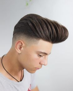 Skin Fade with Long Hair - Best Skin Fade Haircuts For Men: Cool Low, Mid, High Bald Taper Fade Haircuts For Guys Teen Boy Hairstyles, Hairstyles Haircuts, Cool Hairstyles, Taper Fade, Cool Haircuts, Haircuts For Men, Curly Hair Men, Curly Hair Styles, Man Hair