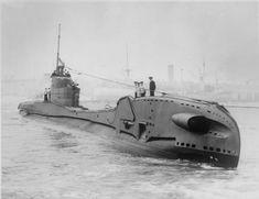 Výsledek obrázku pro The British submarine HMS Thorn