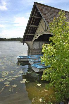 Castle Leslie - The Boathouse http://www.castlehotelireland.com/castle-leslie/