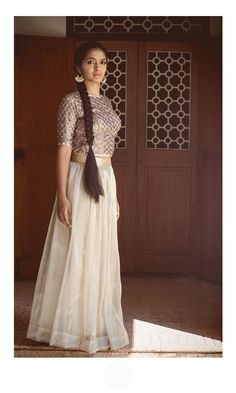 Ivory and sequins,this one.For details,contact- bluedoor.the@gmail.com