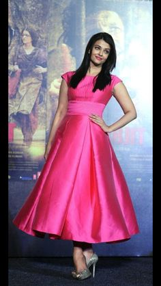 Aishwarya Rai Bachchan, Cannes, Frocks, Red Carpet, Most Beautiful, Dressing, Clothes For Women, Formal, Clothing