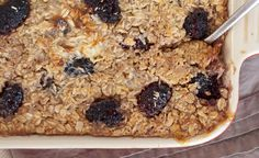 healthy baked blackberry coconut oatmeal