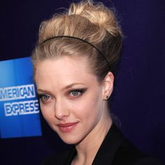 LOVE the makeup Look of the Day photo | Amanda Seyfried - 2010