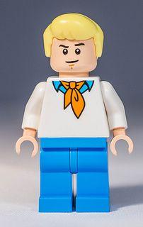 Lego 75902 - Scooby Doo - The Mystery Machine Legos, Scooby Doo Toys, Lego Minifigure, Lego Batman, Pop Culture, Mystery, Disney Characters, Fictional Characters, Nerd