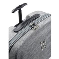 LA MOVE Mobile Closet carry on   Max Mirani