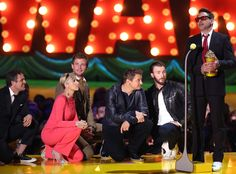 Robert Downey Jr. Humbly Accepts the MTV Generational Award From His Avengers: Age of Ultron Squad  Robert Downey Jr., MTV Movie Awards