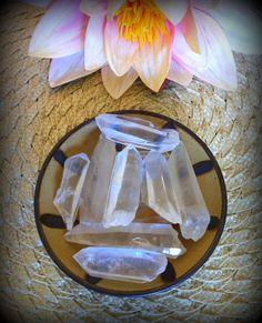 Lemurian seed crystal quartz points - divine feminine energies, ancient wisdom, soul unification, shamanism - crown chakra. $7.00, via Etsy.