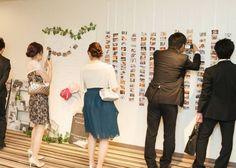 \会場を写真で可愛く飾ろう♩/結婚式での【おしゃれな写真の飾り方】アイデア8選♡のトップ画像
