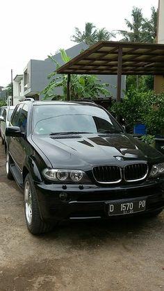 Di jual BMW X5 tahun 2003. Hubungi 081288512327
