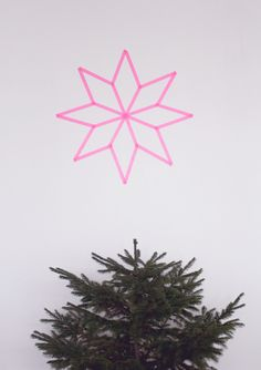 DIY - pink christmas star from washi tape wall