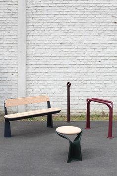 studio brichet ziegler, coleção poa | a coleção, feita para o espaço urbano, tem bancos, ganchos de bicicleta, postes, cercas ou grades de árvores