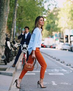 Orange blue and leaped Office Fashion, Business Fashion, Work Fashion, Fashion Outfits, Womens Fashion, Nyc Fashion, Fashion Heels, Capsule Wardrobe, Business Casual Outfits