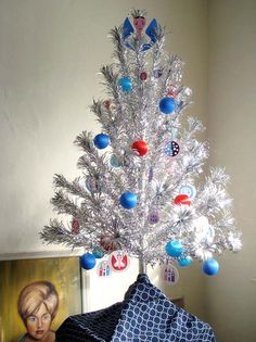 Can't wait to decorate my aluminum tree this year!