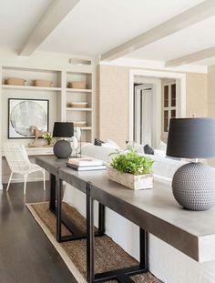 Wohnzimmer in zarten Pastelltönen einrichten, schöne Ideen für Landhausstil Einrichtung