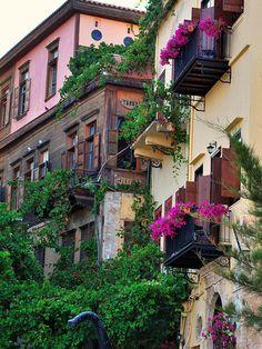 Piu' bella cosa, Greece
