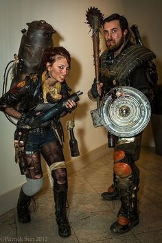 Hallowen Costume Couples This is awesome! It's like steampunk zombie apocalypse survives :D Apocalypse Costume, Apocalypse Fashion, Apocalypse World, Post Apocalyptic Costume, Post Apocalyptic Fashion, Hallowen Costume, Cosplay Costumes, Costume Zombie, Cosplay Ideas