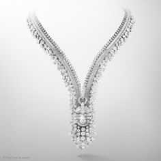 Van Cleef & Arpels designs exclusive creations to celebrate the #FifthAvenueVCA boutique re-opening: New York Zip necklace, convertible into a bracelet, set in white gold, round, pear-shaped, oval-cut, square-cut and baguette-cut diamonds.