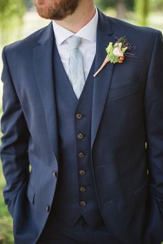 3 Piece Navy Groom's Suit // Photography ~ Meredith Lord Photography