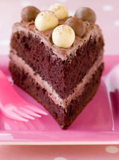 Ever wonder how to make an eggless chocolate cake recipe? DONE - How To Make an Eggless Chocolate Cake Recipe from Grandmothers Kitchen. Big Cakes, Just Cakes, Food Cakes, Cupcake Cakes, Cupcakes, Gluten Free Pastry, Gluten Free Sweets, Gluten Free Cakes, Paleo Dessert