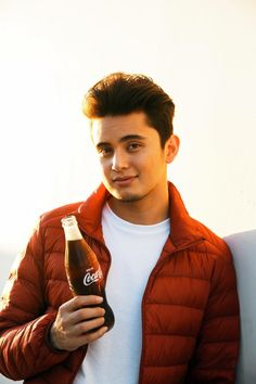 cocacolaph #JamesReid #Jadine Handsome Faces, Handsome Guys, Movie Talk, James Reid, Nadine Lustre, James Rodriguez, Jadine, Music Composers, Music Labels
