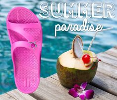 Anywhere you go is paradise if you're enjoying it in the comfort of Telic! #Telic #flipflops #madeintheusa #sandals