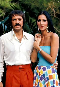 Net Photo: Cher and Sonny Bono in The The Sonny and Cher Show Image ID: . Pic of Cher - Latest Cher Image. Cher Costume, Divas, I Got You Babe, Georgia, Cher Bono, Thing 1, Famous Couples, Hot Couples, Lingerie For Sale