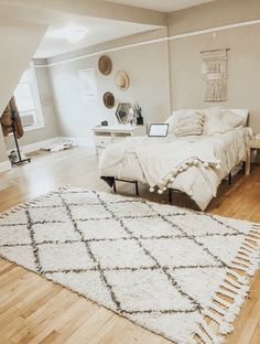 13 Amazing Comfy Master Bedroom Design Ideas is part of Bedroom inspo - Master Bedroom Design, Bedroom Inspo, Home Decor Bedroom, Living Room Decor, Bedroom Ideas, Bedroom Images, Decoration Inspiration, Room Inspiration, Decor Ideas