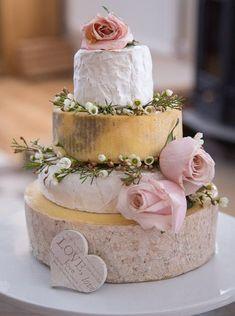 Cheese Piercing piercing e acupuntura Floral Wedding Cakes, Cake Wedding, Wedding Flowers, Lake Garda Wedding, Piercing, Wedding Cheesecake, Wedding Cake Alternatives, Traditional Wedding Cake, Cheese Shop
