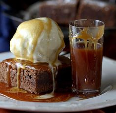 whiskey brownie caramel sauce