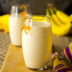 Nutty Monkey Protein Smoothie -- Kids (and adults) just love this peanut butter and banana smoothie. Try substituting frozen bananas or ice for an even creamier smoothie. Protein Smoothies, Best Breakfast Smoothies, Oat Smoothie, Apple Smoothies, Strawberry Smoothie, Smoothie Recipes, Protein Breakfast, Orange Smoothie, Protein Recipes