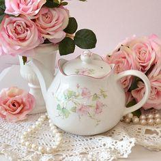 Windsor Sadler teapot