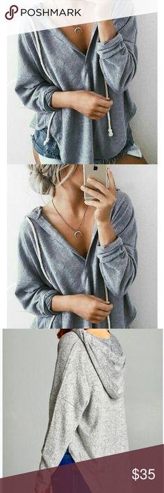 NWT Drawstring Hoody Pullover Sweatshirt Grey 76% RAYON 19% POLYESTER 5% SPANDEX Description LONG SLEEVE V-NECK CHUNKY ROPE DRAWSTRING BRUSHED BACCI HOODIE TOP Tops Sweatshirts & Hoodies