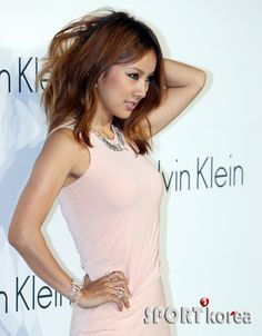 Lee Hyori admits her pictorials are edited #allkpop #kpop #LeeHyori