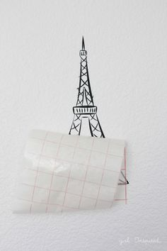 Eiffel Tower Vinyl Wallpaper - how to make your own vinyl wallpaper creations with your Silhouette!