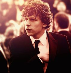 Jesse Eisenberg is probably one of the most awkwardly attractive guys.. I think he's adorable.
